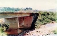 Contenção em Concreto envelopado - Bairro Capitão Eduardo 01